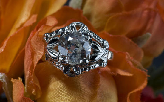 1.5 cts old european antique diamond wedding ring