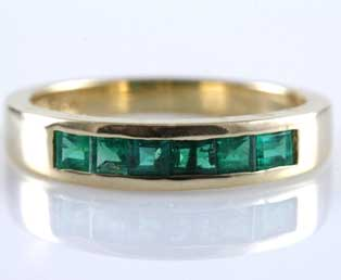 Vintage Emerald Gold Band