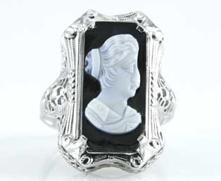1930s Black Onyx Cameo Ring