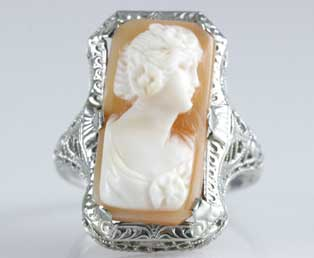 1930s Cameo Filigree Ring