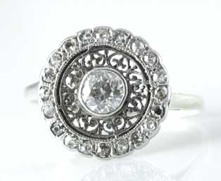 Antique Round Diamond Dinner Ring