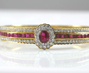 Gucci Ruby Diamond Bracelet