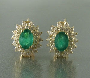 Natural Emerald Screwback Earrings