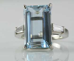 Big Aquamarine Diamond Ring