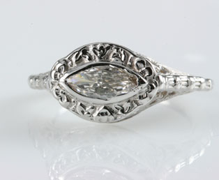 Antique Marquise Floral Filigree Ring