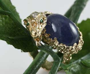 Snake Sapphire Cabochon Ring
