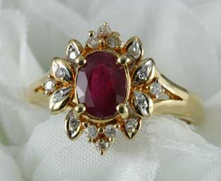 Estate Ruby Diamond Gold Ring