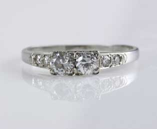Ladies Estate Diamond Engagement Ring