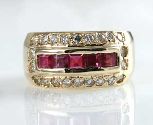 Vintage Ruby Diamond Gold Band