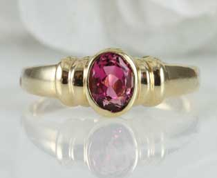 Vintage Pink Tourmaline Gold Ring