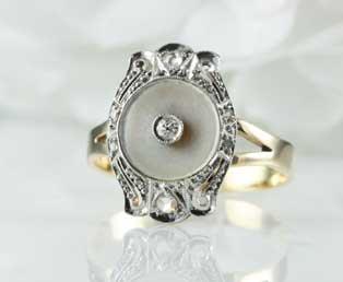 Antique Mother Pearl Ring