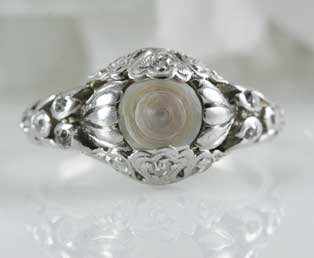 Antique Platinum Ring Mounting Pearl
