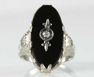 Antique Black Onyx Gold Ring
