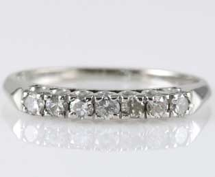 Estate Seven Diamond Wedding Band
