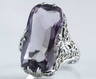 1920s Amethyst Filigree Ring