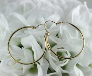 Vintage Yellow Gold Hoop Earrings