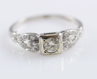 1920s Diamond Platinum Wedding Ring